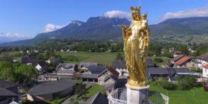 La vierge dorée du sanctuaire de Myans